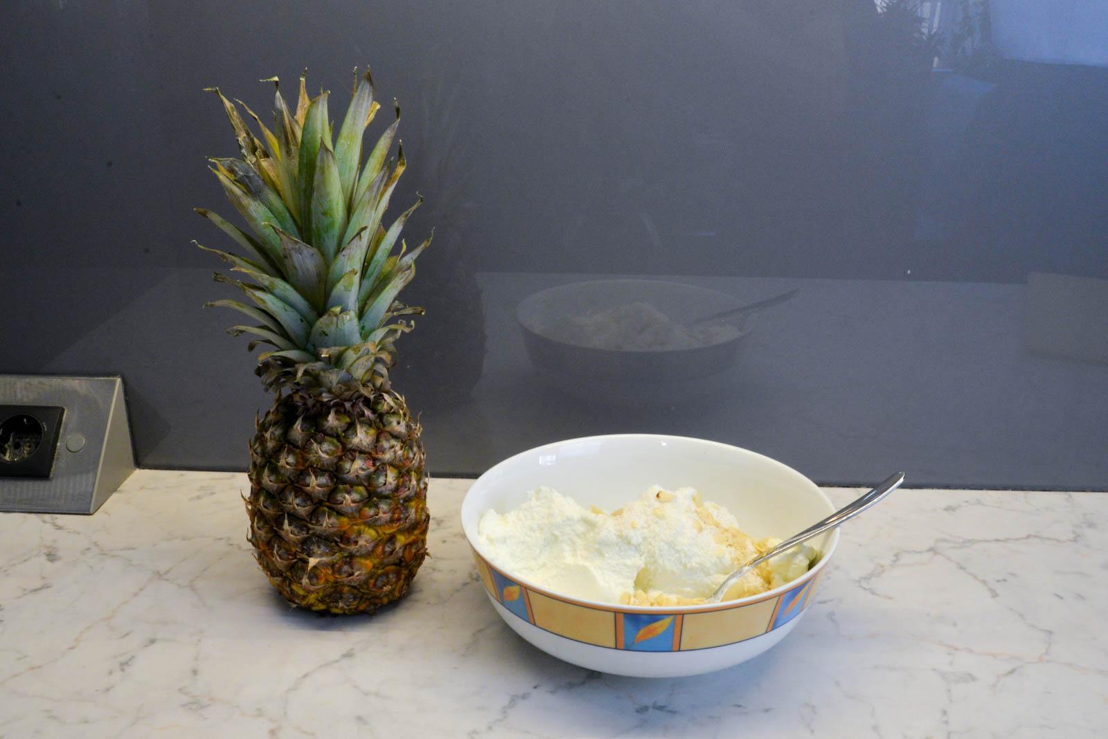 ganze ananas essen
